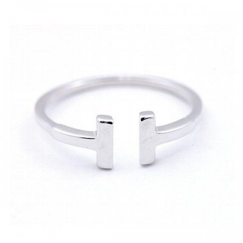Ladies T Bar Fashion Ring in 14K white gold