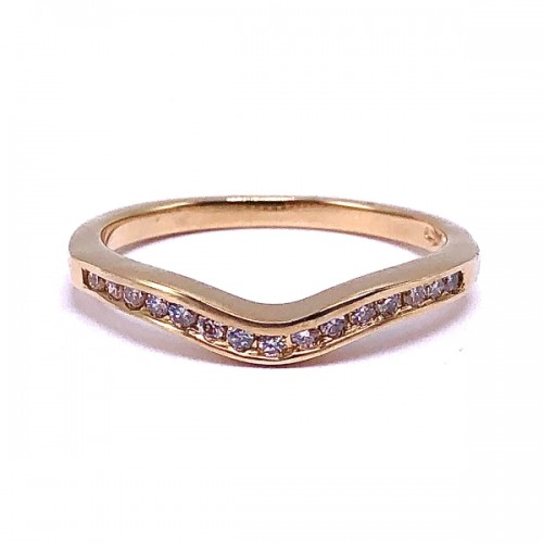 Curved Diamond Channel Band