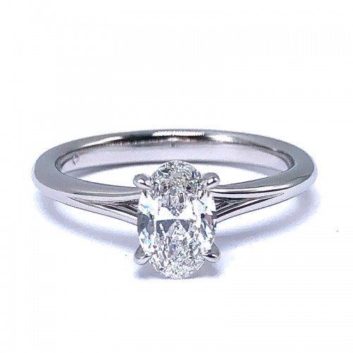 Forevermark Icon™ Oval Diamond Engagement Ring