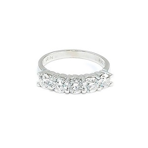 Diamond Shared Prong 5 Stone Wedding Band