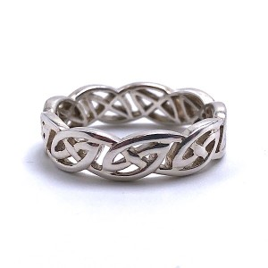 Ladies Eternity Knot Ring by Keith Jack