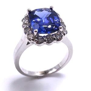 Ladies Tanzanite & Diamond Ring