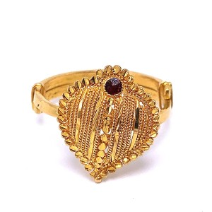 Estate Heart Style Gold Ring