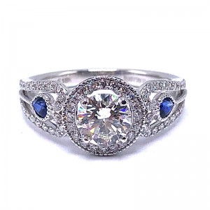 Simon G. Round Diamond Engagement Ring