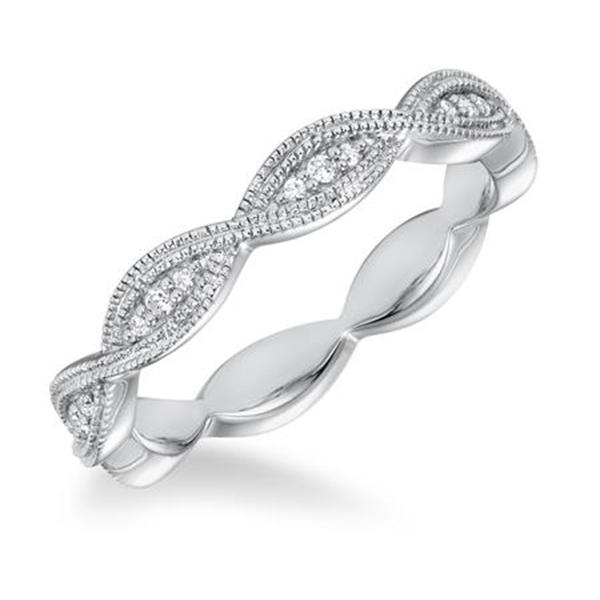 https://www.henrywilsonjewelers.com/upload/product/5b97fb7aa5d9b6e9ef3cd2b5_33-25A_ANGLE.jpg