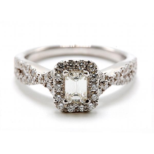 https://www.henrywilsonjewelers.com/upload/product/5ba9688469be1d01b1d27c7e_5ba93e38d36a95062b722c19_100-01640.jpg