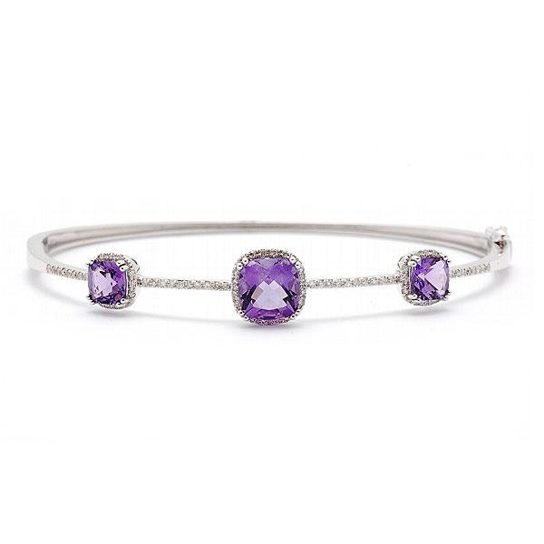 https://www.henrywilsonjewelers.com/upload/product/5bb381f1f20c2e3f5af8800e_5b608664a351717fc52f6e1e_240-00241.jpg