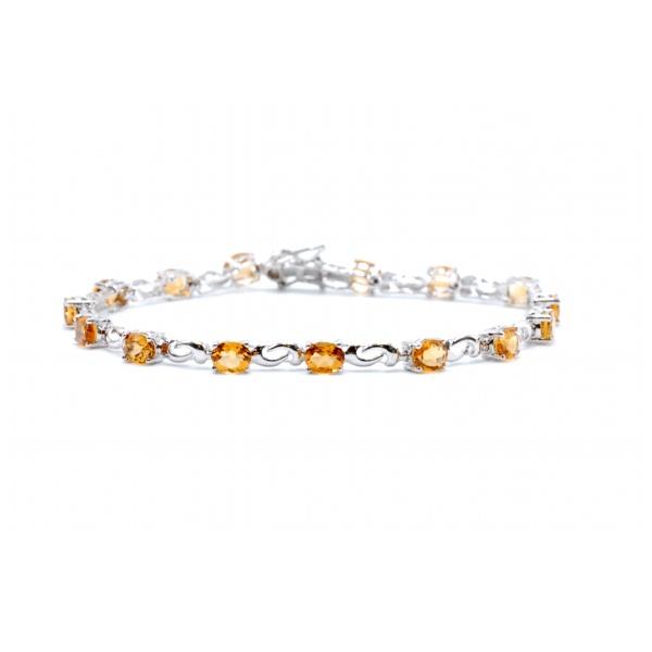 https://www.henrywilsonjewelers.com/upload/product/5bc8e1d6be463a635ed4f663_240-00233.jpg