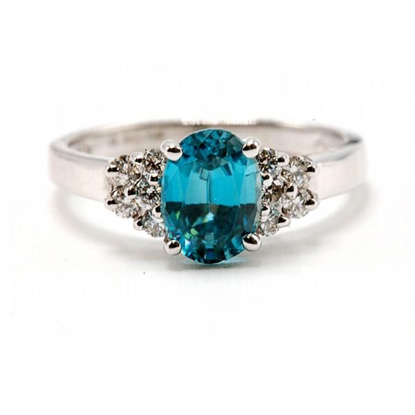 https://www.henrywilsonjewelers.com/upload/product/5c2e6cadb101e93d5b40bbd8_416-01728.jpg