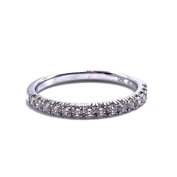 https://www.henrywilsonjewelers.com/upload/product/5c8aa38314eb363ade639a05_110-01802.jpg