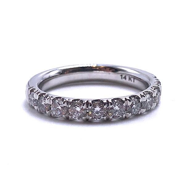 https://www.henrywilsonjewelers.com/upload/product/5c8aa934637d4e11f03fdd14_110-01831.jpg