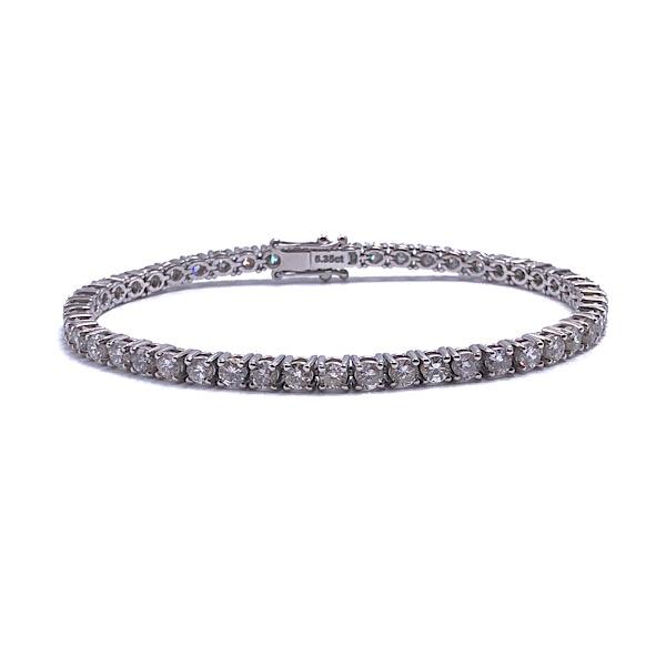 https://www.henrywilsonjewelers.com/upload/product/5c9261d67ae4161028a5cabe_170-00244.jpg
