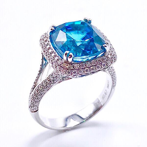 https://www.henrywilsonjewelers.com/upload/product/5cdef2074614cf5a6bcb212a_416-01842.jpg