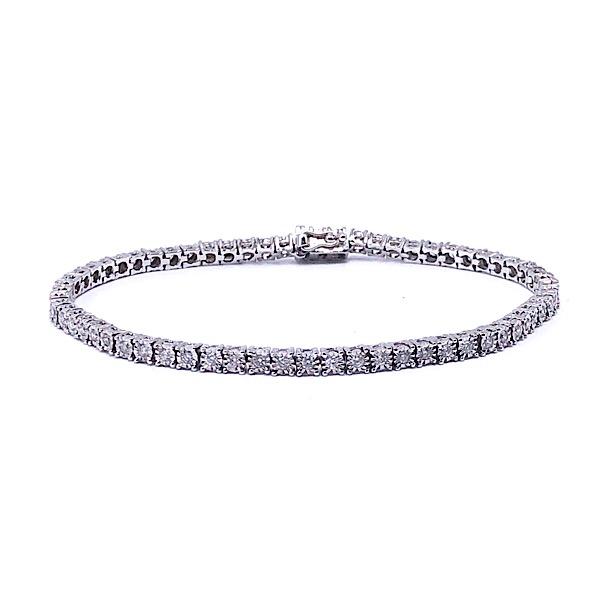 https://www.henrywilsonjewelers.com/upload/product/5d40df63b55ea982aec95da8_170-00263.jpg