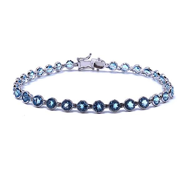 https://www.henrywilsonjewelers.com/upload/product/5d740afc6ba7c75379982fca_240-00257.jpg