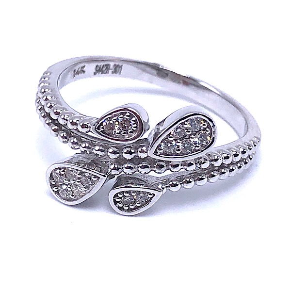 https://www.henrywilsonjewelers.com/upload/product/5d7a7f921713dd9f3f70b7d9_130-00552.jpg