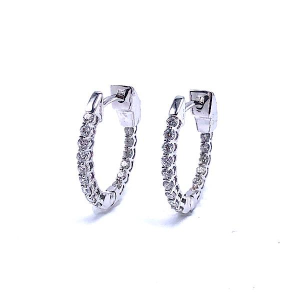 https://www.henrywilsonjewelers.com/upload/product/5d7a8e9c1713ddfcca78c778_150-00956.jpg