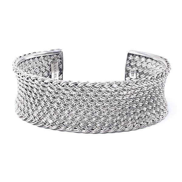 https://www.henrywilsonjewelers.com/upload/product/5d7a956d1234558923d93acc_610-00960.jpg