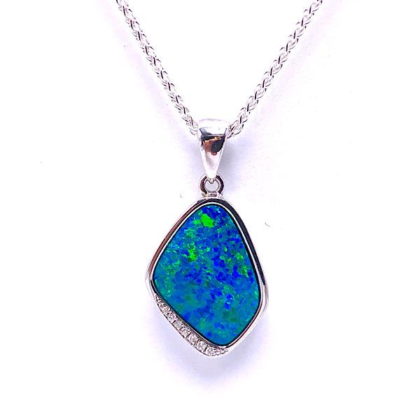 https://www.henrywilsonjewelers.com/upload/product/5d8bde0690c4b4b53c09814e_230-01363.jpg