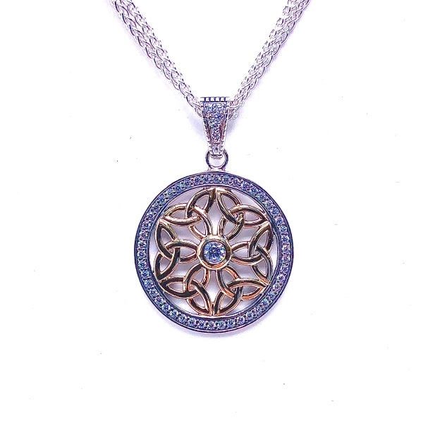 https://www.henrywilsonjewelers.com/upload/product/5e457983dcadab90f92d7cf6_640-01026.jpg