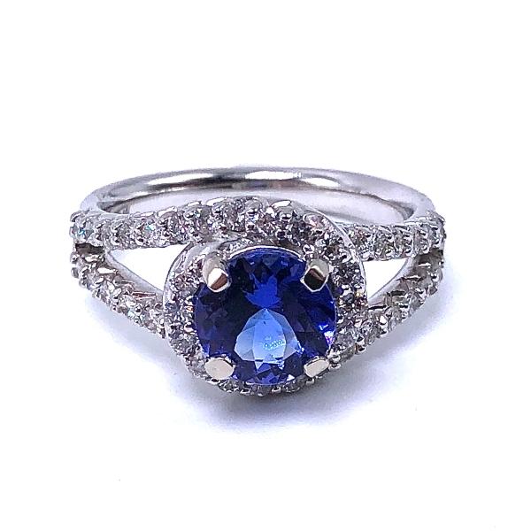 https://www.henrywilsonjewelers.com/upload/product/5eec272978f78c1f7af52ec9_416-01667.jpg