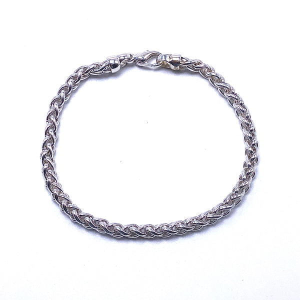 https://www.henrywilsonjewelers.com/upload/product/5ef7fd6a3dec570f1ac12b1c_610-01072.jpg