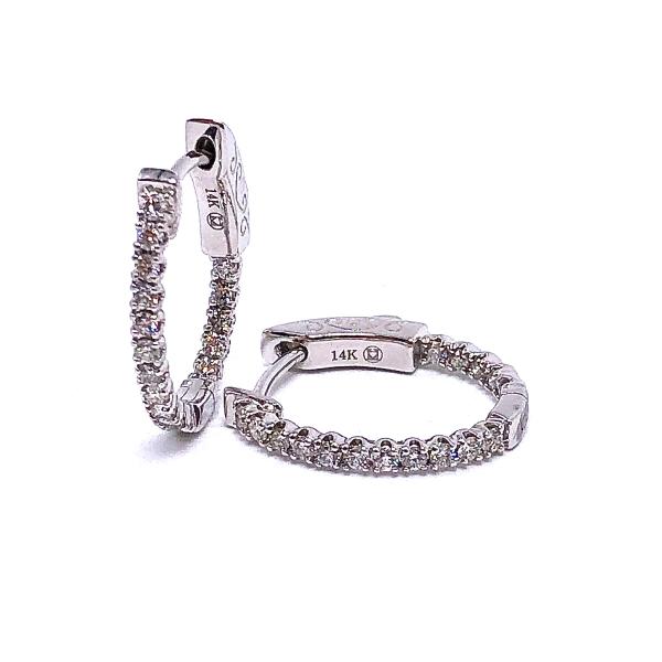 https://www.henrywilsonjewelers.com/upload/product/5f7dfc9629bd9d760ed5bdc0_150-01015.JPG