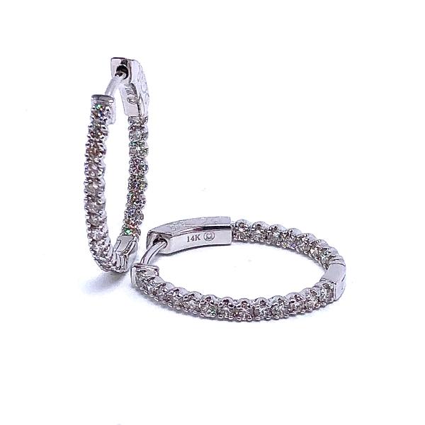 https://www.henrywilsonjewelers.com/upload/product/5f7dfdc147e8793347a8112a_150-01014.JPG