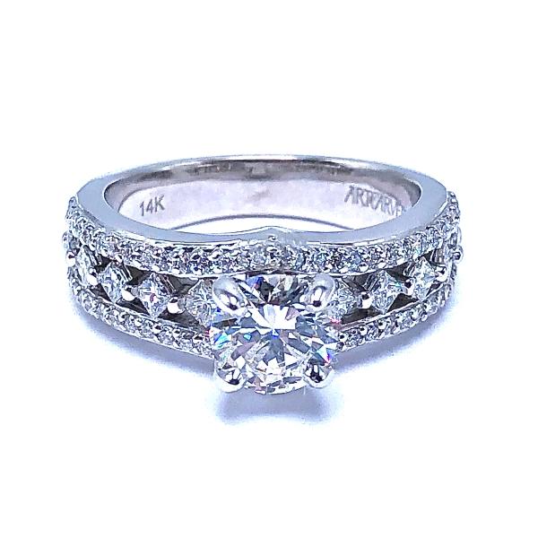 https://www.henrywilsonjewelers.com/upload/product/5f7e03c02da6207134edd729_100-01847.JPG