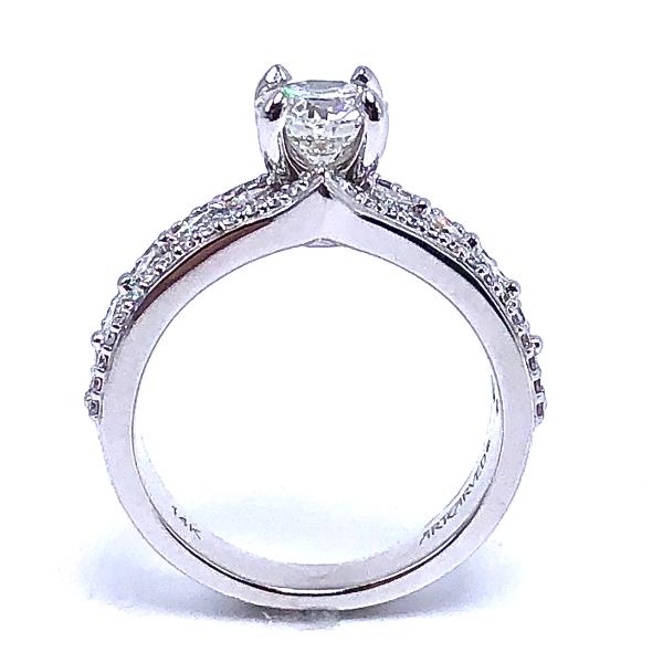 https://www.henrywilsonjewelers.com/upload/product/5f7e03cb2901c10325d6cf10_100-01847A.JPG