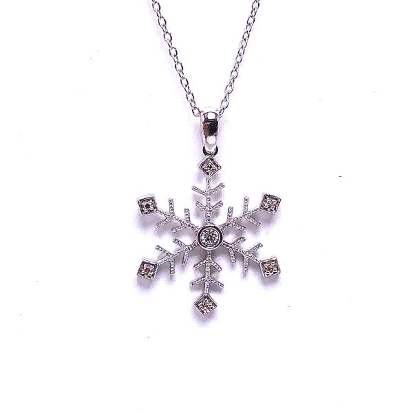 https://www.henrywilsonjewelers.com/upload/product/5f8600bca2678f2cdb4c4193_165-01250.JPG