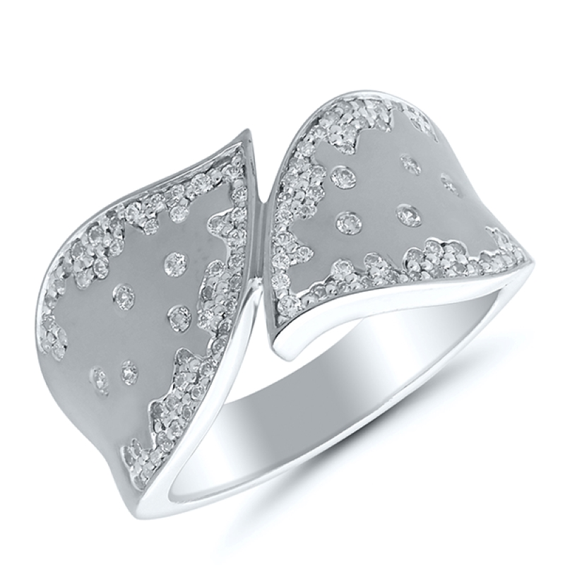 https://www.henrywilsonjewelers.com/upload/product/5fbdcd6fb6f3e3126137e6be_130-00576.jpg